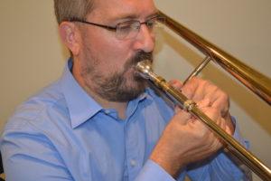 Trombone fist grip